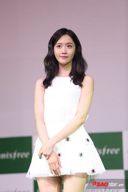 'Nu than' Yoona bat mi SNSD se tro lai Viet Nam - Anh 8