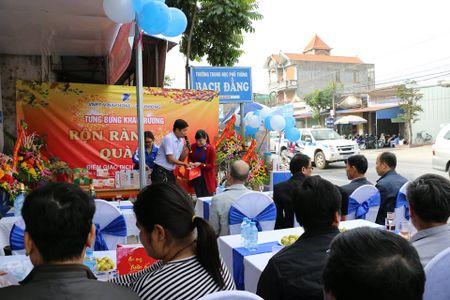 VNPT khai truong diem giao dich moi tai Thuy Nguyen, Hai Phong - Anh 2