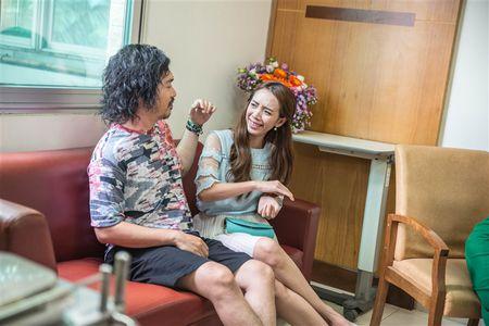 Hau truong '49 ngay 2': Tien Luat tat Thu Trang khong ay nay - Anh 6