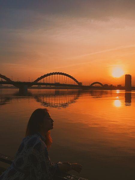 Khanh Thi - Phan Hien: Nong nan moi tinh lech tuoi - Anh 6