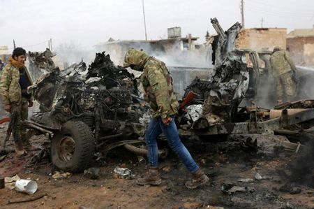 Can canh giao tranh ac liet o thi tran Al-Bab, Syria - Anh 1