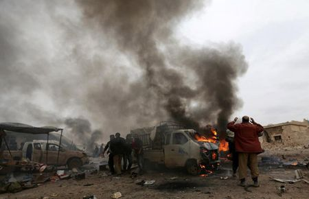 Can canh giao tranh ac liet o thi tran Al-Bab, Syria - Anh 2