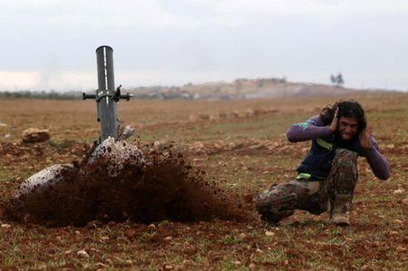 Can canh giao tranh ac liet o thi tran Al-Bab, Syria - Anh 5