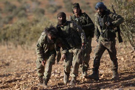 Can canh giao tranh ac liet o thi tran Al-Bab, Syria - Anh 6