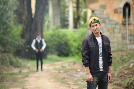 """Huy Khanh """"quay"""" tung troi Da Lat trong Vali Tinh Yeu - Anh 1"""