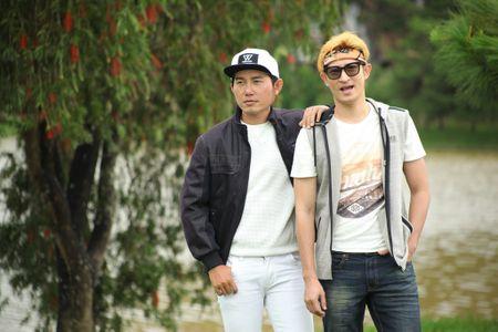 """Huy Khanh """"quay"""" tung troi Da Lat trong Vali Tinh Yeu - Anh 6"""