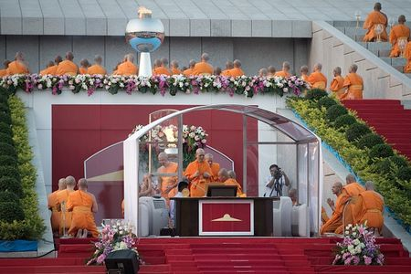 Tru tri quyen luc o Thai Lan thu nap tin do kieu da cap - Anh 3