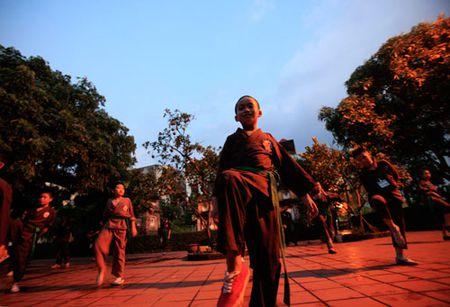 Vo duong Nam Thien Phat Mon Quyen: Lop vo noi cua Phat - Anh 6