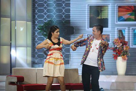 Don Nguyen bi 'danh' bam dap tren san khau khien Thanh Bach choang vang - Anh 6