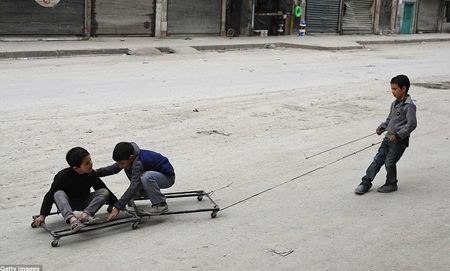 Hinh anh bao cat tan cong thanh pho Aleppo - Anh 4