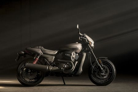 Moto Harley-Davidson Street Rod 750 moi 'chot gia' 198 trieu - Anh 10