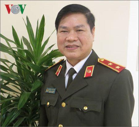 Vi sao hoc sinh pho thong khong duoc thi vao cao dang va trung cap cong an nam 2017? - Anh 1
