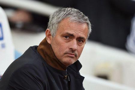Mourinho tren tai Guardiola, Antoine Griezmann khien MU buon long - Anh 2