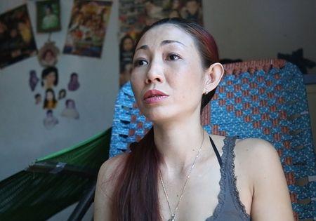 Chau gai Thai Chau tiet lo: 'Hoai Linh yeu toi khi da co vo' - Anh 1