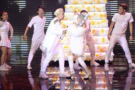 Huong Giang quyen ru den muc giam khao 'The Remix' boi roi quen loi - Anh 3