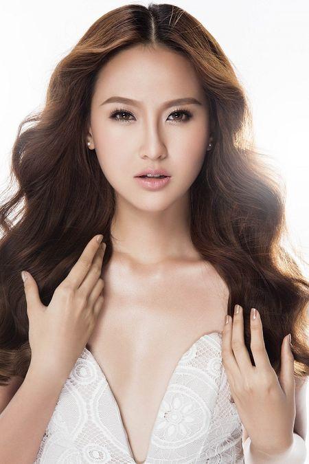 Can canh nhan sac hoc tro cung cua Pham Huong moi dang quang hoa khoi - Anh 2