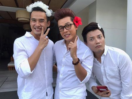 Lo thuc don do uong 'cuc doc' trong dam cuoi Nguyet Anh - Anh 10