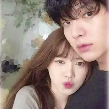 "Goo Hye Sun ""to cao"" chong tre Ahn Jae Hyun van giu do ban gai cu trong nha - Anh 4"