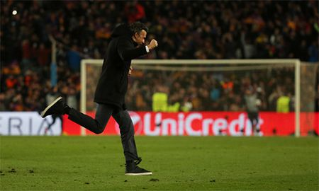 Wenger: 'Luis Enrique tu ga ngoc thanh nguoi hung' - Anh 1