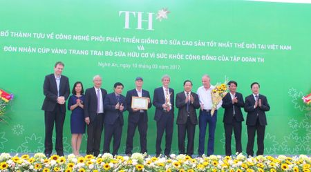 Tap doan TH phat trien giong bo sua cao san tot nhat tai Viet Nam - Anh 1