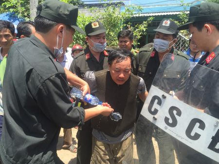 Se giam dinh tam than nghi pham dam Truong phong Tu phap huyen - Anh 1