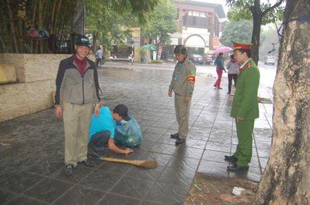 Duong pho thong thoang, rang ngoi dien mao do thi Ha Noi - Anh 3