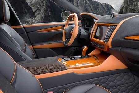 Maserati Levante ban do widebody dau tien the gioi tu Mansory - Anh 10