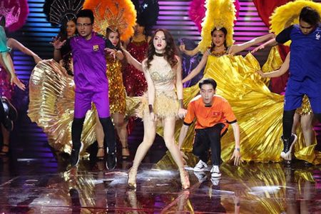Huong Giang Idol sexy boc lua 'qua mat' Yanbi - Yen Le tai The Remix - Anh 1