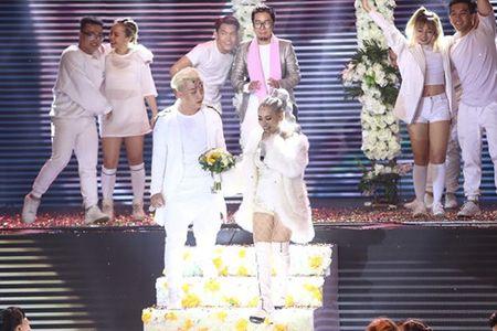Huong Giang Idol sexy boc lua 'qua mat' Yanbi - Yen Le tai The Remix - Anh 2