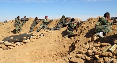 Assad: Quan doi Syria 'chuyen huong uu tien' giai phong Raqqa khoi IS - Anh 1