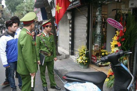 "Ha Noi ""doi"" lai via he: Hang tram truong hop vi pham bi xu ly - Anh 2"