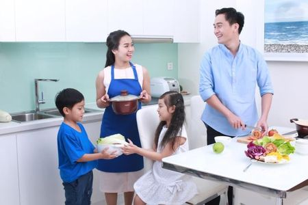 Con tre that su nghi gi: Khi Bo khong chia se 'bep nuc' voi Me - Anh 3