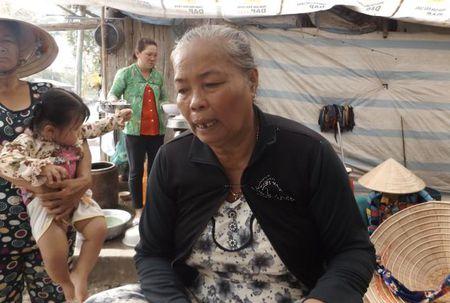 Thong tin moi vu thi the doi nam nu nam guc chet o Soc Trang - Anh 1