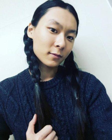 Produce 101 ban nam vua len song, chang trai toc dai thuot tha nay da la quan quan voi fan! - Anh 3