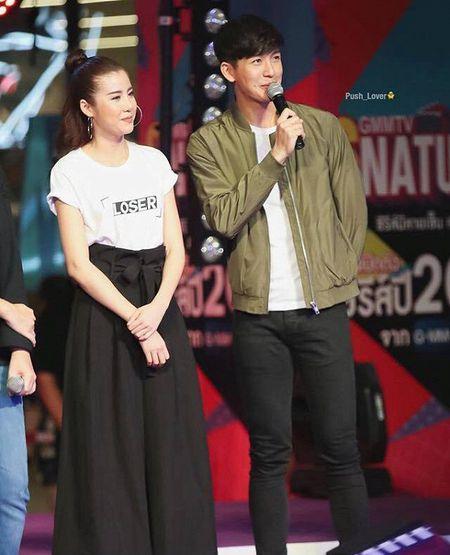 Push Puttichai va Esther Supreeleela: Cap doi Thai Lan nhieu duyen no, moi nam tai hop mot lan 'don tim fan' - Anh 11