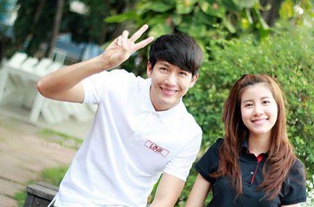 Push Puttichai va Esther Supreeleela: Cap doi Thai Lan nhieu duyen no, moi nam tai hop mot lan 'don tim fan' - Anh 1