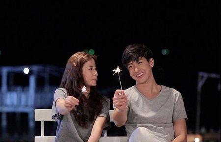 Push Puttichai va Esther Supreeleela: Cap doi Thai Lan nhieu duyen no, moi nam tai hop mot lan 'don tim fan' - Anh 2