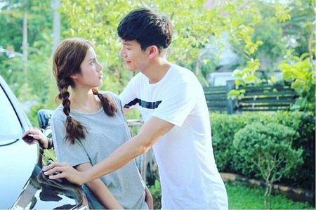 Push Puttichai va Esther Supreeleela: Cap doi Thai Lan nhieu duyen no, moi nam tai hop mot lan 'don tim fan' - Anh 6