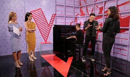 The Voice 2017: Thu Minh mang hit Tuan Hung de tro cung the hien quyen luc team 'chi dai' - Anh 3