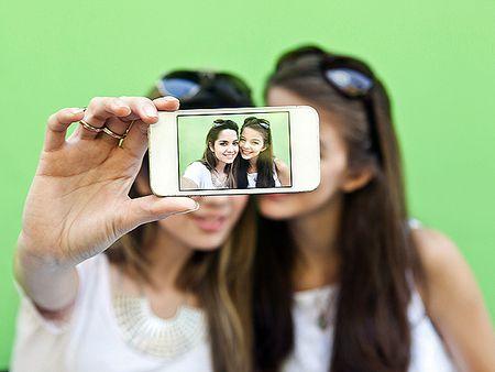 Loat dien thoai moi co kha nang chup selfie my man - Anh 1