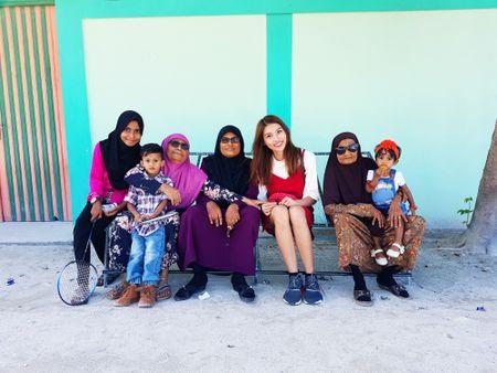 Quan quan Quang Hung, Quynh Chau ngot ngao o Maldives - Anh 7
