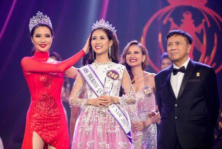 Khanh Ngan The Face dang quang Hoa khoi Du lich Viet Nam - Anh 8
