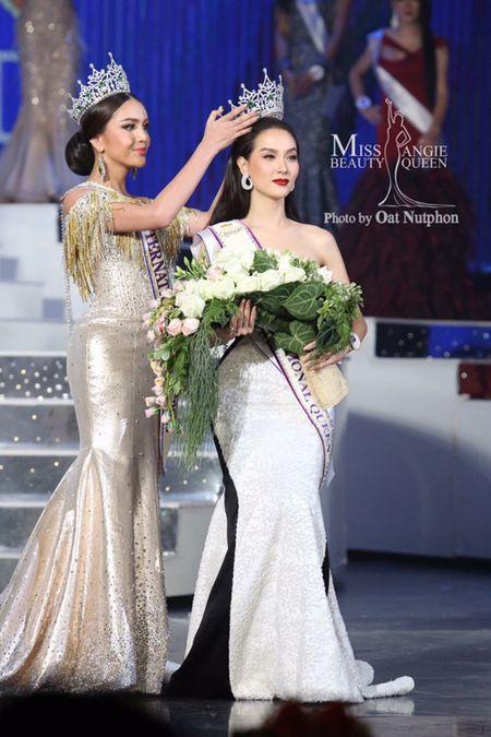 Nguoi dep Thai Lan dang quang Hoa hau chuyen gioi quoc te - Anh 1