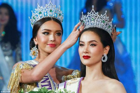 Nguoi dep Thai Lan dang quang Hoa hau chuyen gioi quoc te - Anh 2