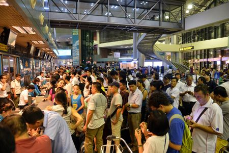 Tin tac tan cong hang loat website san bay moi 15 tuoi - Anh 1