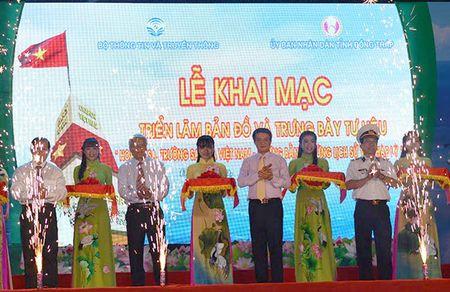 Trien lam tu lieu chu quyen Hoang Sa, Truong Sa tai Dong Thap - Anh 1