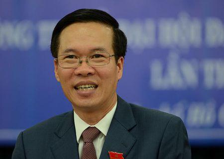 Ong Vo Van Thuong la 1 trong 10 guong mat cuu sinh vien tieu bieu Truong DH KHXH- NV TP.HCM - Anh 1