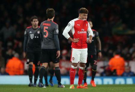 Arsenal chi la 'phien ban loi' cua Barcelona? - Anh 3