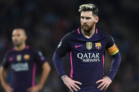 'Dut tui' 22 nghin bang/gio, Ronaldo vuot mat Messi ve toc do kiem tien - Anh 1