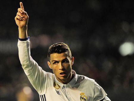 'Dut tui' 22 nghin bang/gio, Ronaldo vuot mat Messi ve toc do kiem tien - Anh 2